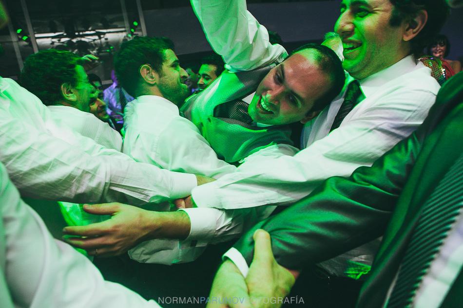 001-salguero-plaza-boda-judia-wedding-photographer-fotografo-de-casamientos-buenos-aires-argentina-norman-parunov-36