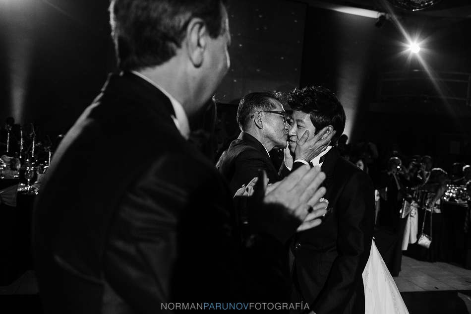 014-boda-coreana-altos-del-mirador-argentina-fotoperiodismo-de-bodas-norman-parunov-45