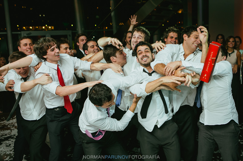 017-madero-walk-buenos-aires-argentina-fotoperiodismo-de-bodas-norman-parunov-70