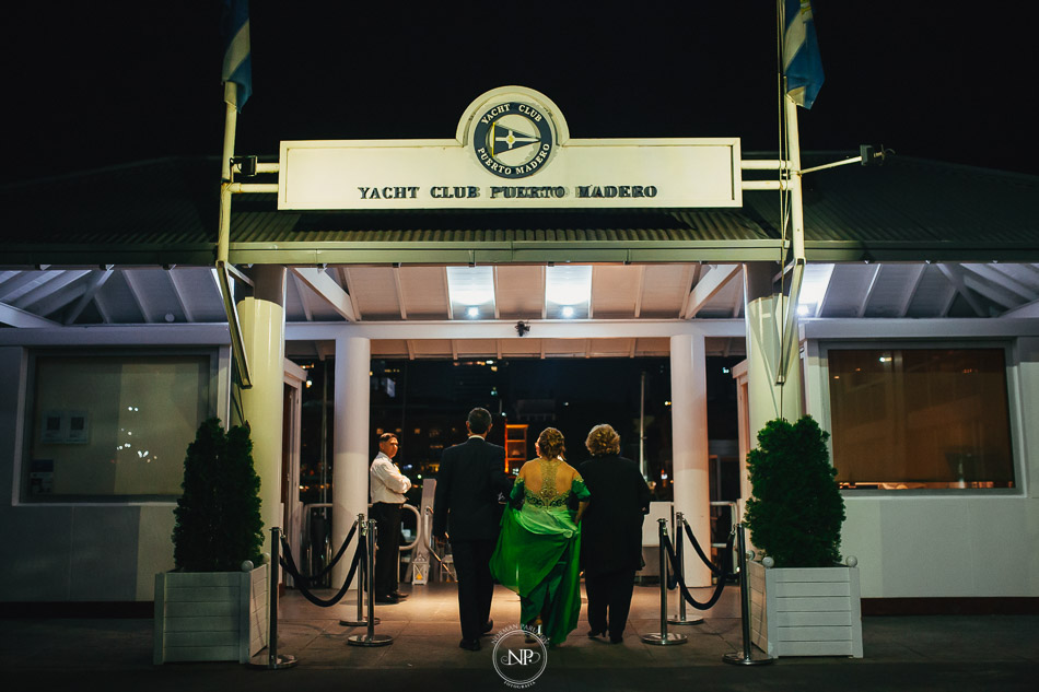 020-yacht-club-puerto-madero-buenos-aires-casamiento-fotoperiodismo-de-bodas-norman-parunov-034
