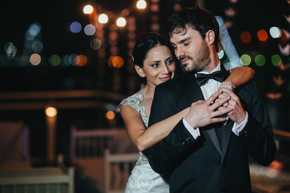 020-yacht-club-puerto-madero-buenos-aires-casamiento-fotoperiodismo-de-bodas-norman-parunov-038