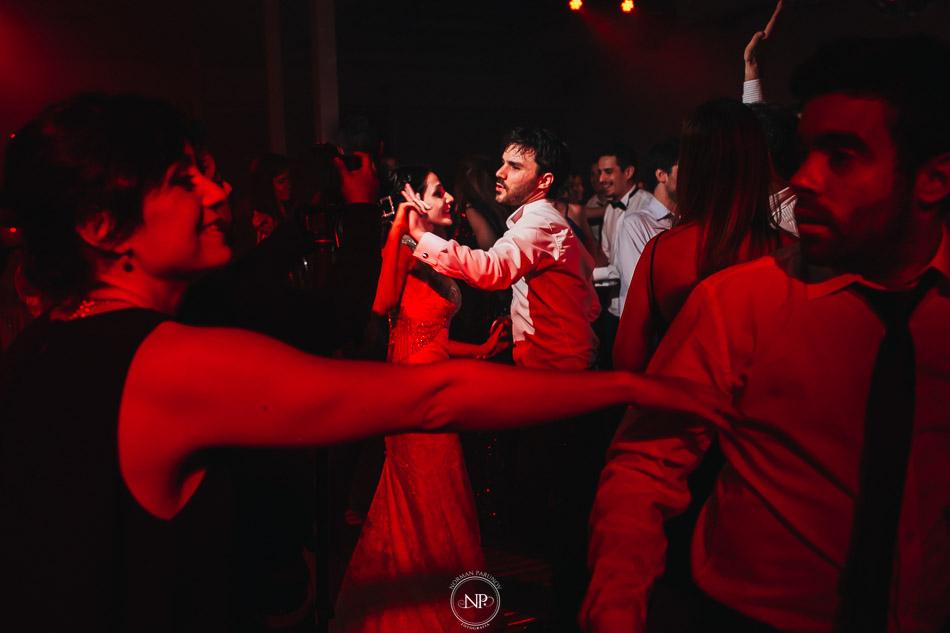 020-yacht-club-puerto-madero-buenos-aires-casamiento-fotoperiodismo-de-bodas-norman-parunov-074