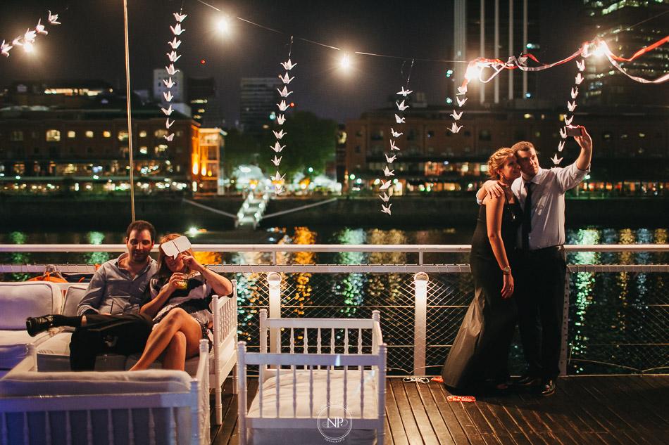 020-yacht-club-puerto-madero-buenos-aires-casamiento-fotoperiodismo-de-bodas-norman-parunov-083