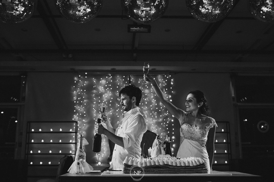 020-yacht-club-puerto-madero-buenos-aires-casamiento-fotoperiodismo-de-bodas-norman-parunov-086