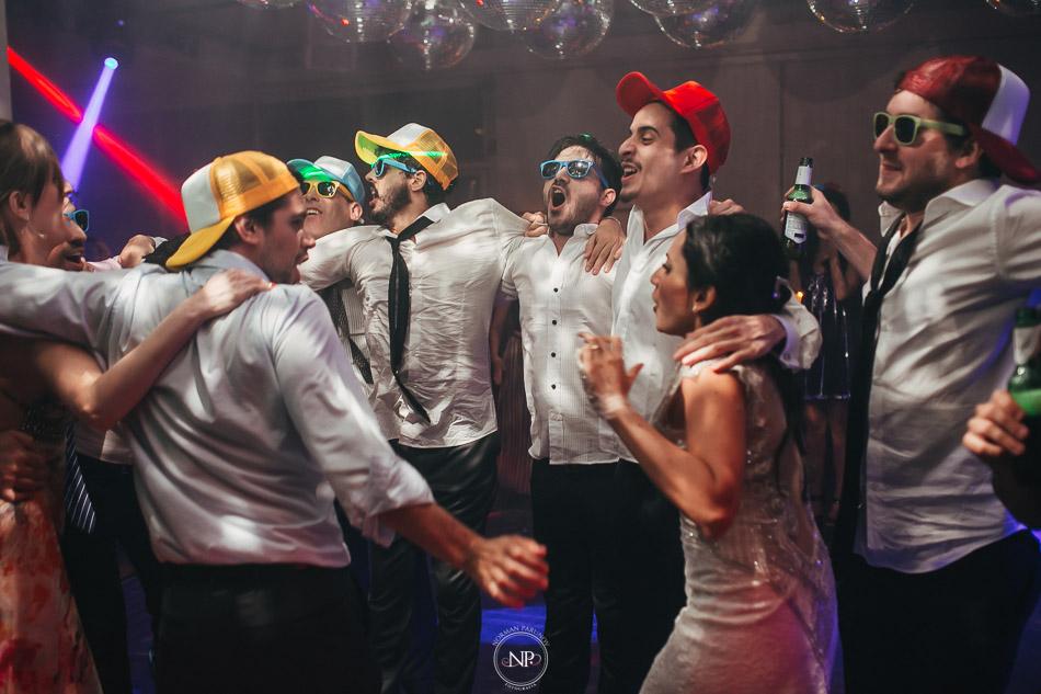 020-yacht-club-puerto-madero-buenos-aires-casamiento-fotoperiodismo-de-bodas-norman-parunov-104