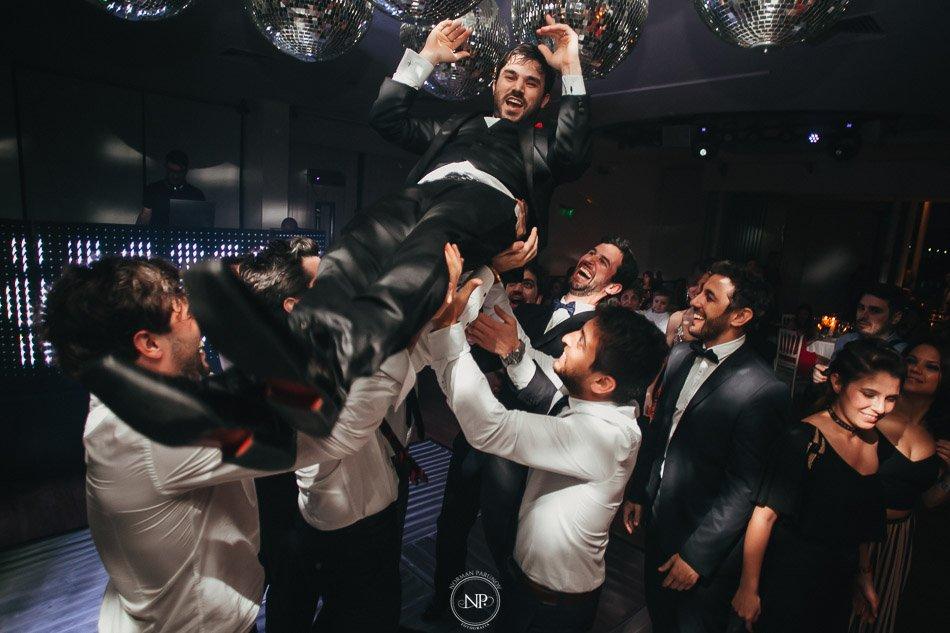 020-yacht-club-puerto-madero-buenos-aires-casamiento-fotoperiodismo-de-bodas-norman-parunov-043