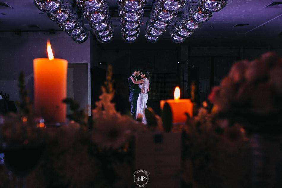 020-yacht-club-puerto-madero-buenos-aires-casamiento-fotoperiodismo-de-bodas-norman-parunov-048
