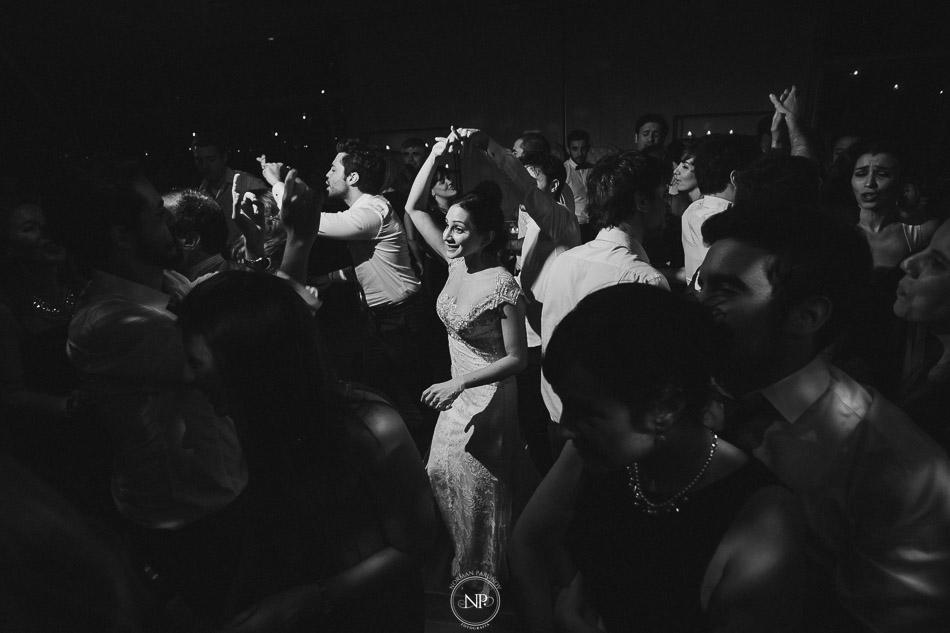 020-yacht-club-puerto-madero-buenos-aires-casamiento-fotoperiodismo-de-bodas-norman-parunov-075