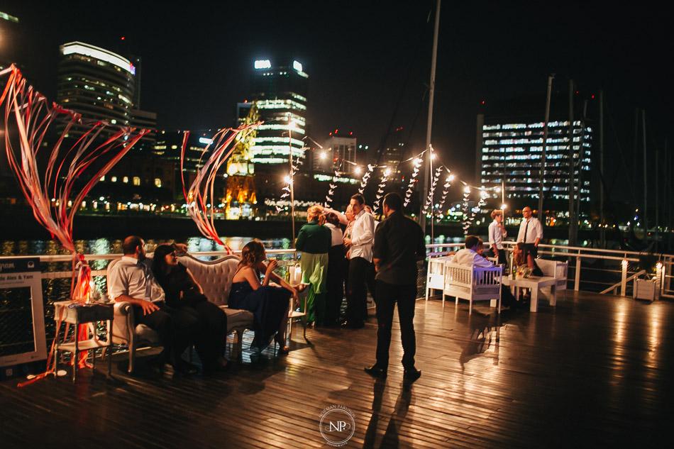 020-yacht-club-puerto-madero-buenos-aires-casamiento-fotoperiodismo-de-bodas-norman-parunov-082