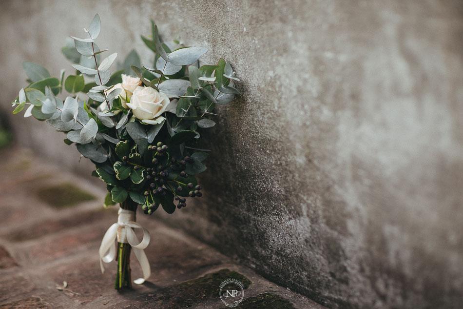 ramo de novia, bouquet, casamiento al atardecer en Estancia La Linda, fotoperiodismo de bodas, Norman Parunov
