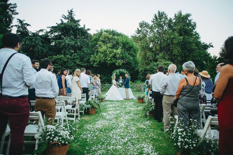 ceremonia, casamiento al atardecer en Estancia La Linda, fotoperiodismo de bodas, Norman Parunov