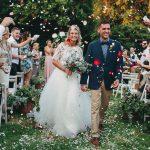 lluvia de petalos, ceremonia, casamiento al atardecer en Estancia La Linda, fotoperiodismo de bodas, Norman Parunov