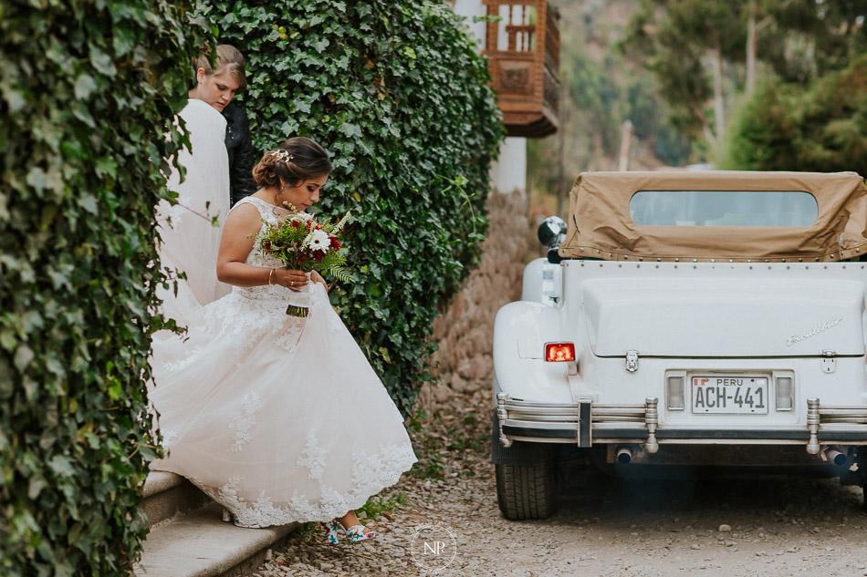 getting ready en Palacio Manco Capac by Ananay, destination wedding en Cusco Perú, fotoperiodismo de bodas, Norman Parunov