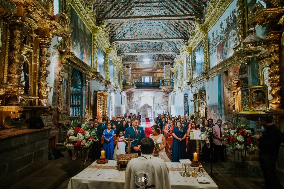 San Pedro Apóstol de Andahuaylillas, destination wedding en Cusco Perú, fotoperiodismo de bodas, Norman Parunov