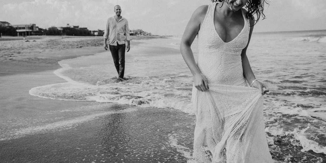 Trash the dress en Viila Gesell, fotoperiodismo de bodas, Norman Parunov