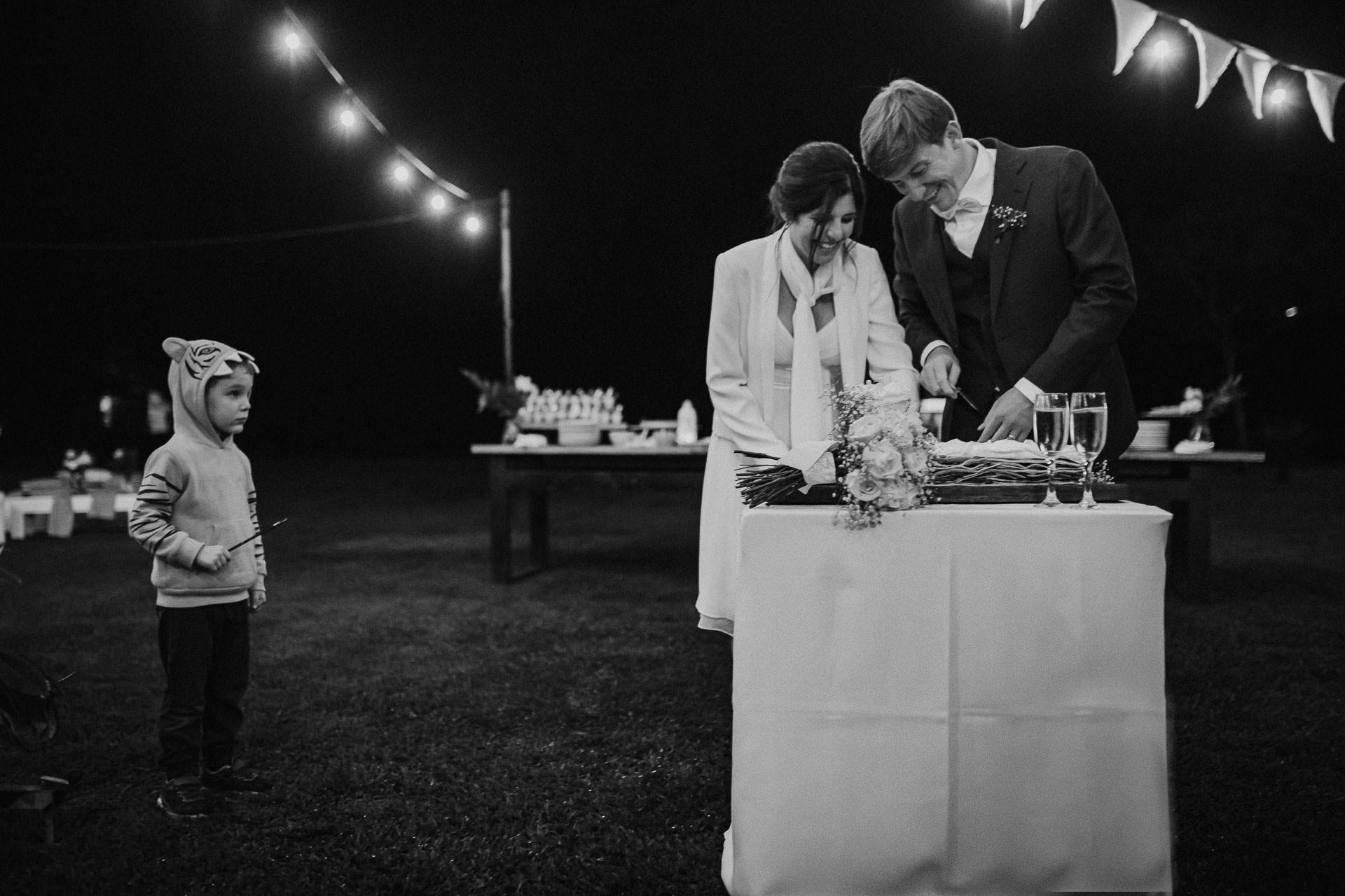 Fiesta de casamiento, Boda en Estancia La Linda, fotógrafo de bodas, Norman Parunov