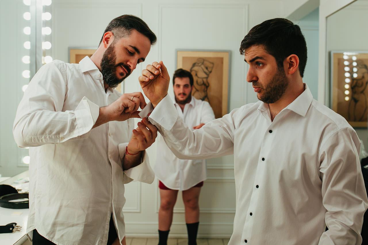 Boda en Astilleros Milberg, getting ready, casamiento, fotoperiodismo de bodas, Norman Parunov